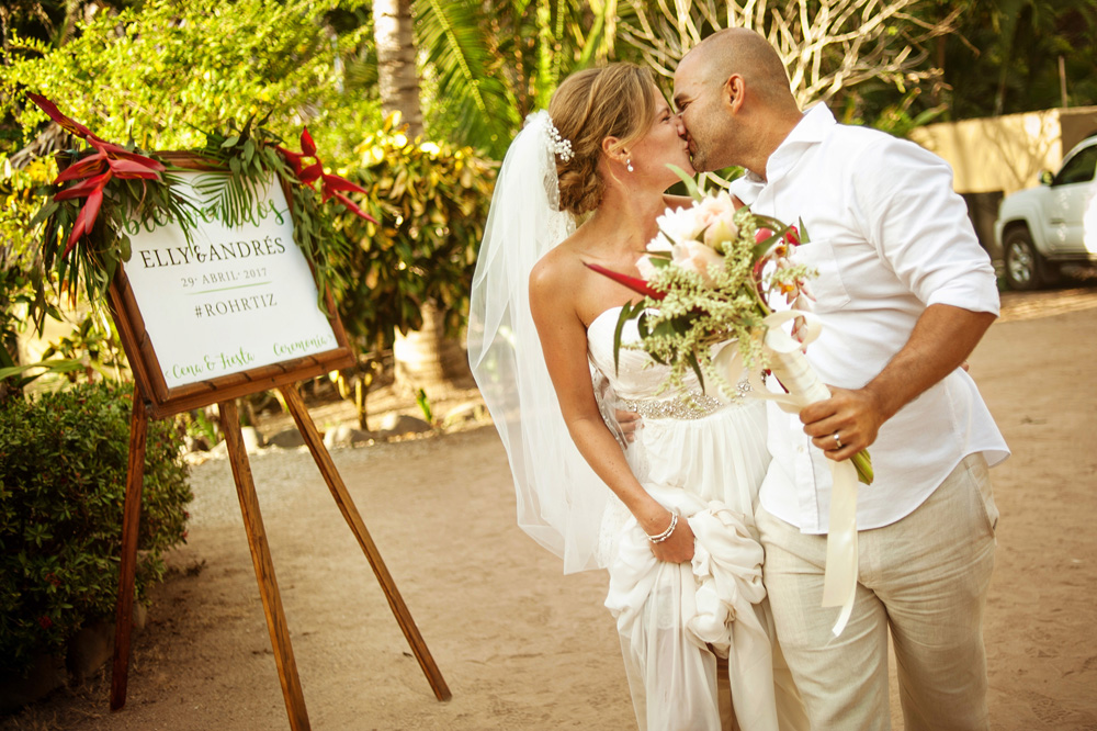Destination_wedding_photographer_punta_mita_36